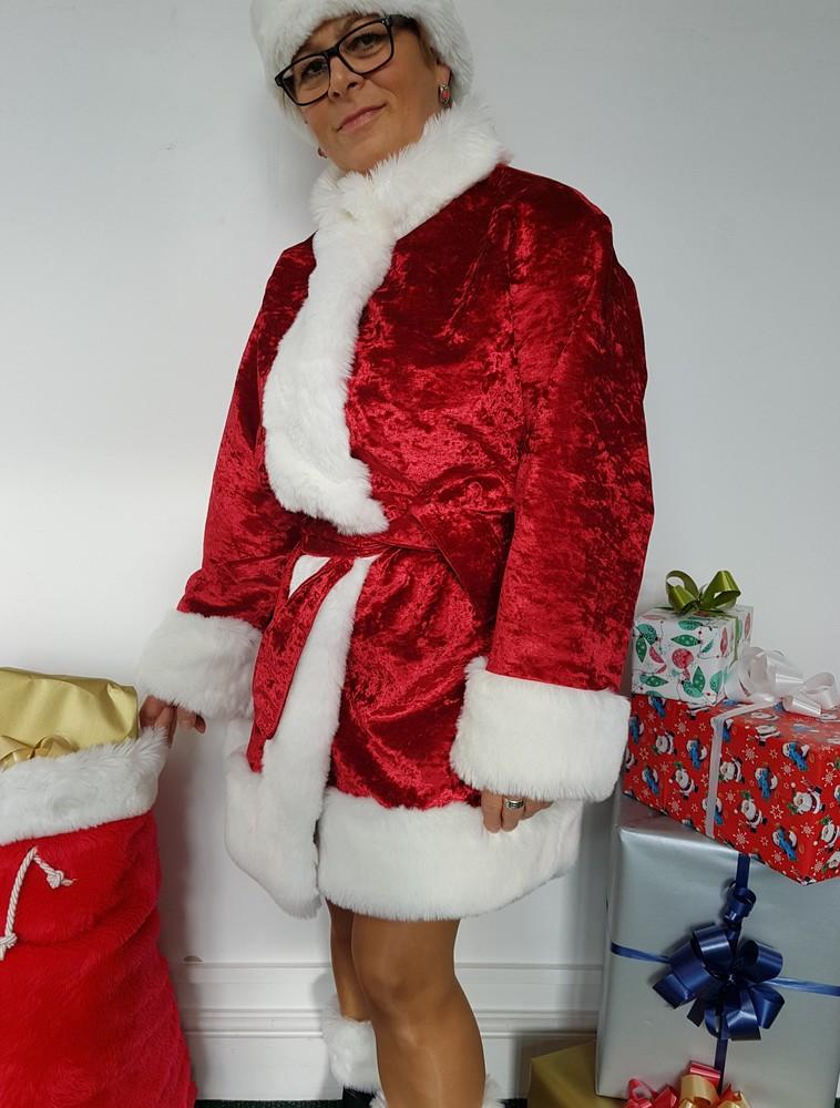 09d257a37afc6 Red Crushed Velvet Santa Hat Sonstige