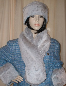 Silver Sable Faux Fur Pull Through Scarf