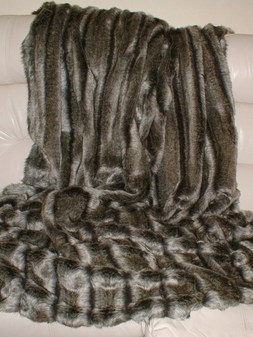 Smokey Mountain Faux Fur Per Meter