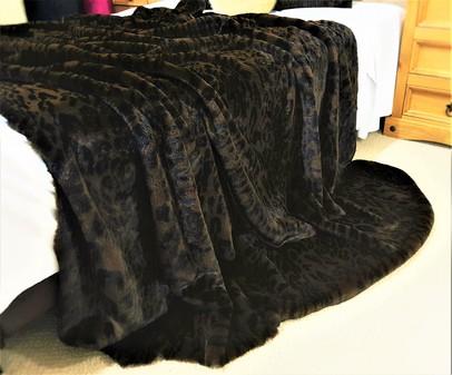 Dark Leopard Faux Fur Throws