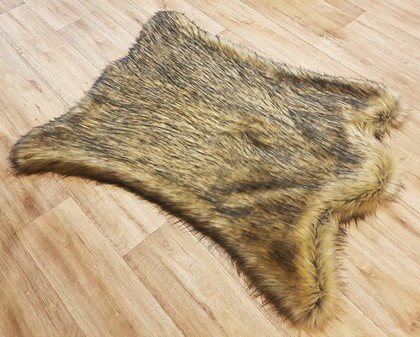 Tissavel Tundra Harvest Gold Faux Fur Rug