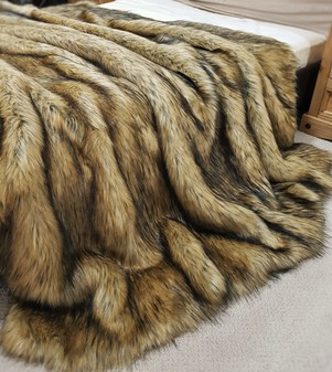 Tissavel Harvest Gold Faux Fur Throw