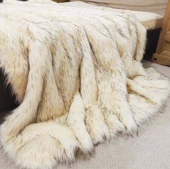 Tissavel Himalaya Faux Fur Throws