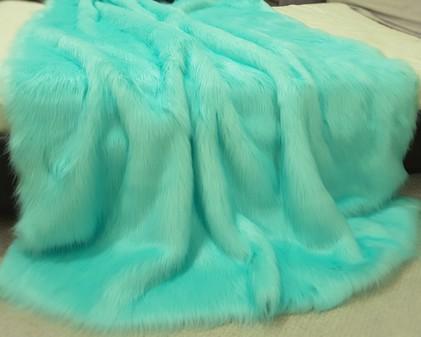 Tissavel Turquoise Faux Fur Throws