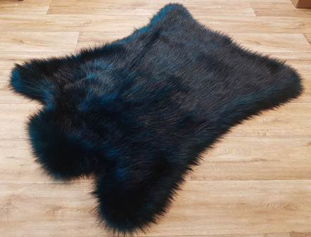 Tissavel Tundra Teal Faux Fur Animal Shape Rug