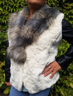 Ivory Astra and Blue Ridge Mountain Faux Fur Pom Pom Collar Gilet