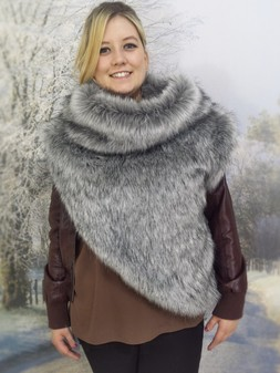 Silver Musquash Faux Fur Huntress Cowl