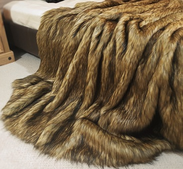 Simba Faux Fur Throw