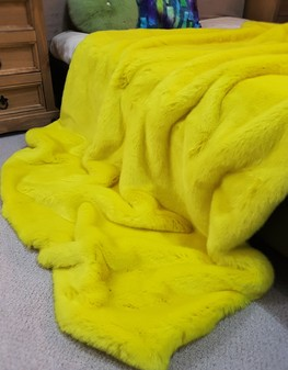 Tissavel Buttercup Faux Fur Throws