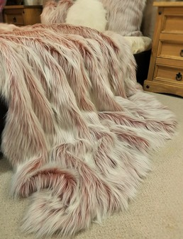 Tissavel Pretty in Pink Faux Fur Throws