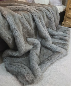 Tissavel Tundra Wolf Grey Faux Fur Throws
