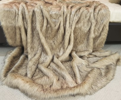 SALE Medium Fawn Musquash Faux Fur Throw with Latte Velboa