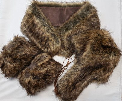 SALE Simba Faux Fur Neck Scarf, Trapper Hat & Boot Toppers Set