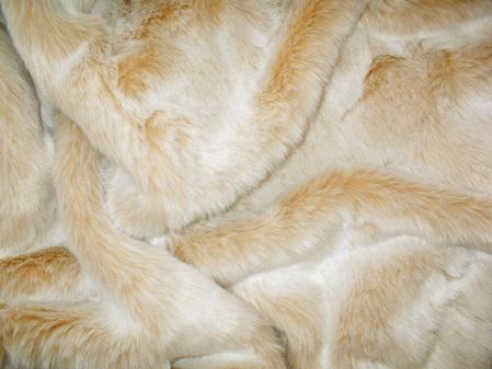 Sunny Bear Faux Fur Swatch