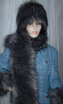 Siberian Wolf Faux Fur Scarf