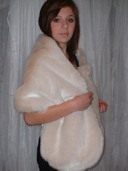 Sunny Bear Faux Fur Stole