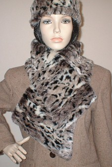 Wild Cat Faux Fur Vintage Asymmetric Scarf