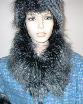 Tissavel Porcupine Faux Fur Long Collar