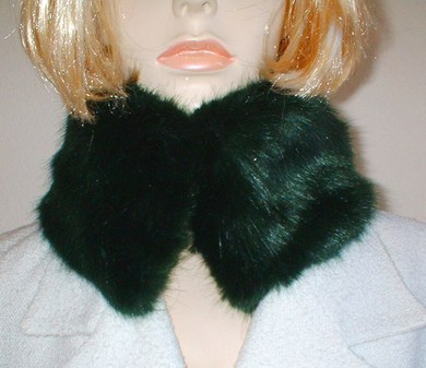 Hunter Green Faux Fur Collar