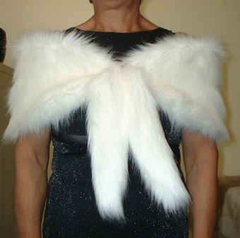 Polar Bear Faux Fur Vintage Foxy Wrap