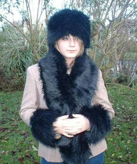 Black Bear Faux Fur Traditional Scarf