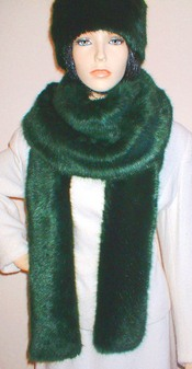 Hunter Green Faux Fur Super Long Scarf