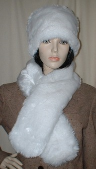 Snow White Faux Fur Pull Through Scarf