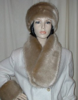 Honey Blonde Faux Fur Neck Scarf