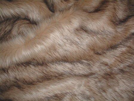 Fawn Musquash Faux Fur Swatch