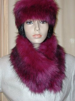 Magenta Faux Fur Long Collar