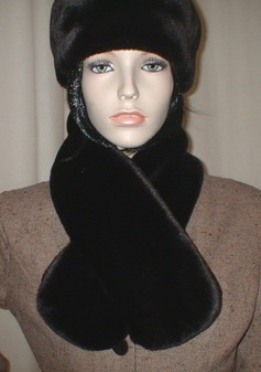 Chocolate Moleskin Faux Fur Neck Scarf