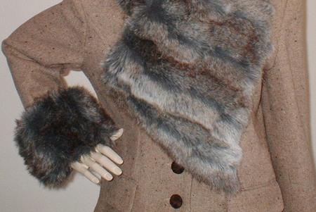 Wolverine Faux Fur Vintage Asymmetric Scarf