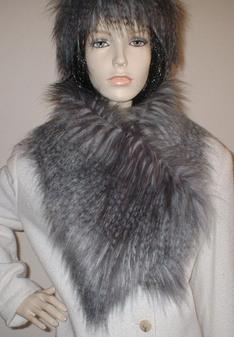 Siberian Wolf Faux Fur Vintage Asymmetric Scarf