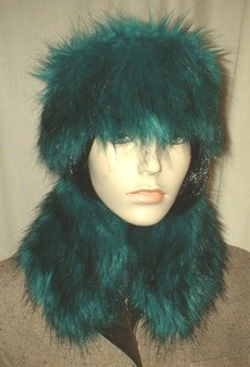 Jade Faux Fur Collar