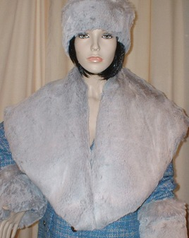 SALE Tissavel Silver Sable Faux Fur Shawl Collar