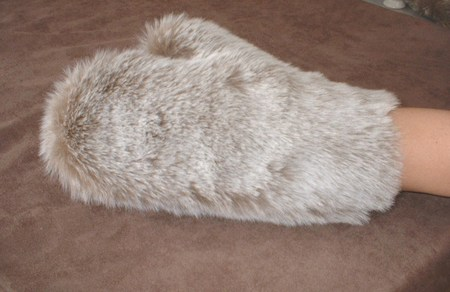 Koala Faux Fur Massage Mitt