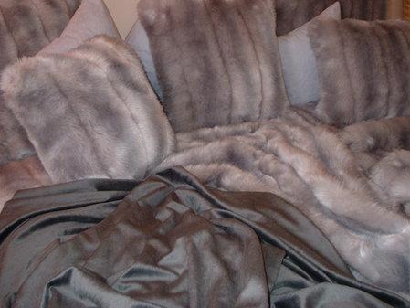 Graphite Cuddle Soft Velboa per meter