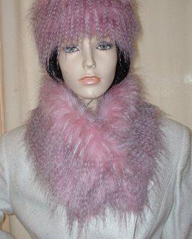 Pretty in Pink Faux Fur Long Collar