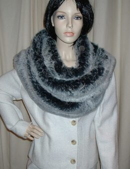 Arctic Wolf faux Fur Super Long Scarf