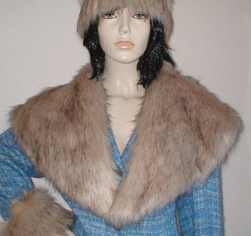 Fawn Musquash Faux Fur Shawl Collar