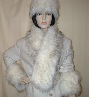 Alaska Faux Fur Pull Through Scarf