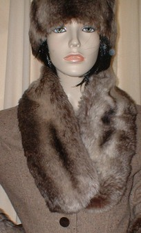 Teardrop Chinchilla Faux Fur Neck Scarf