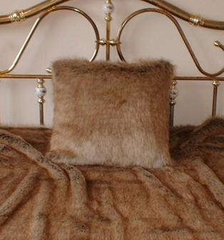 Husky Faux Fur Cushion  20 x20  51 x 51 cm