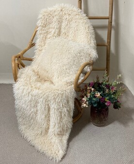 Valais Cream Faux Fur Throws