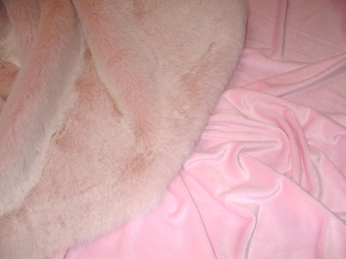 Pink Cuddle Soft Velboa per meter