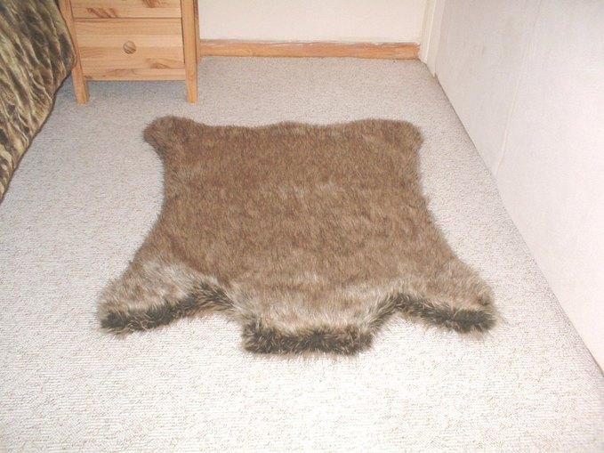 Husky Faux Fur Rug