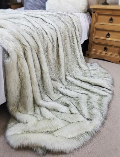 SALE Alaska Faux Fur Throws with Velboa