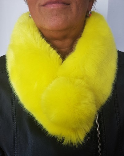 Tissavel Buttercup Faux Fur Pom Pom Collar