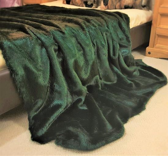 SALE Hunter Green Faux Fur Throw & Cushions