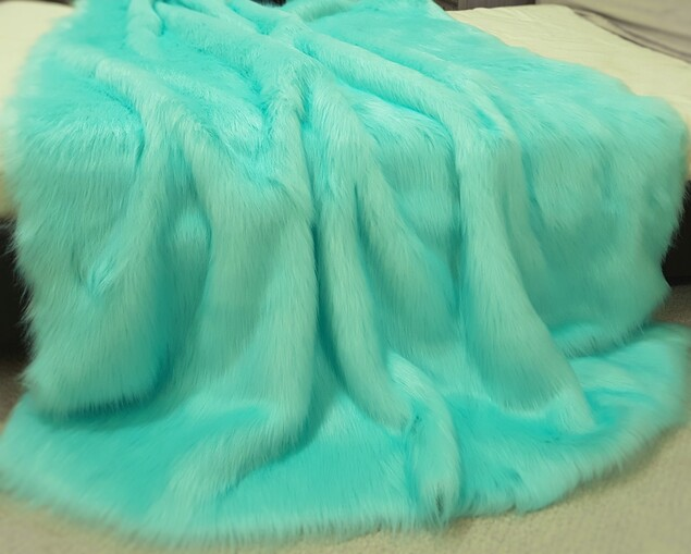 SALE Tissavel Turquoise Faux Fur Throws